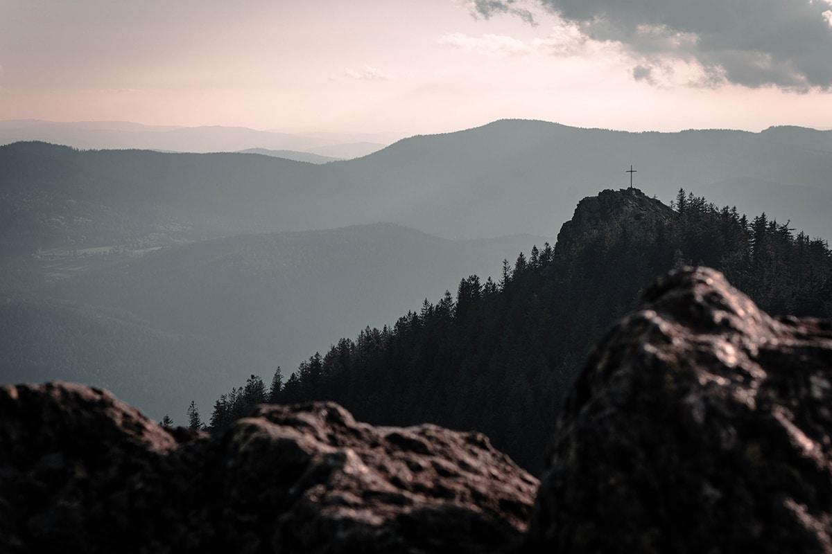 osser-kreuz-gipfel-panorama-02