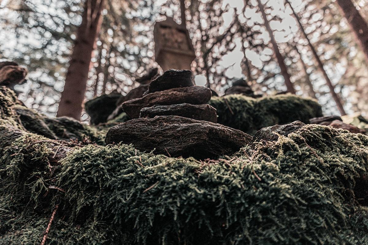 osser-steine-kreuz-01