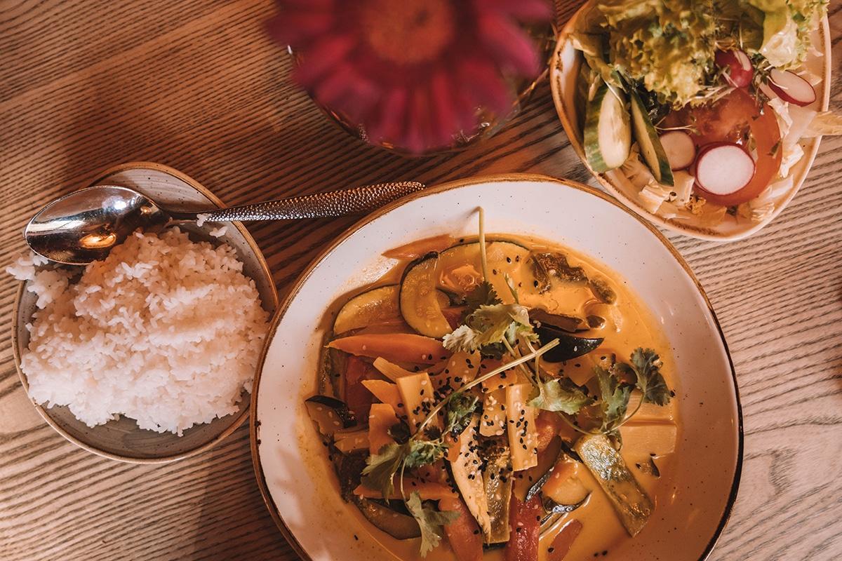 schnitzmuehle-essen-thai-curry-reis