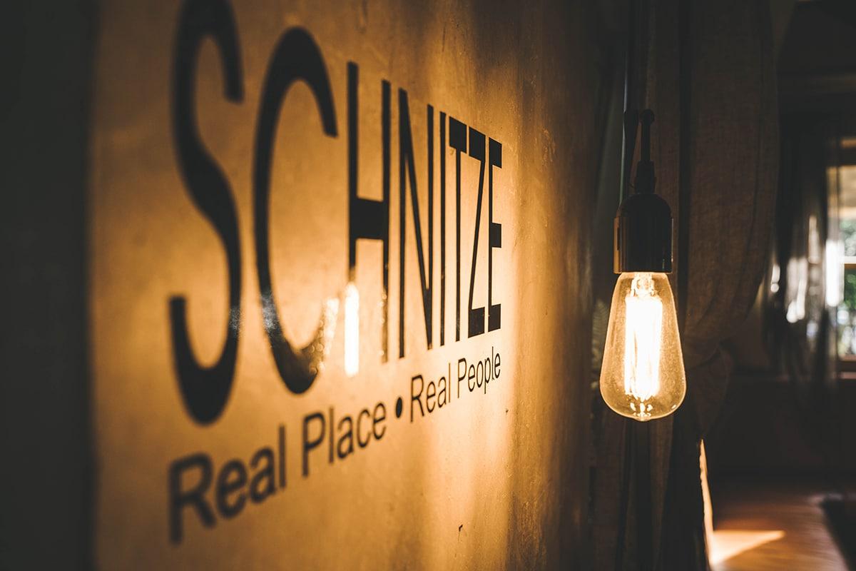 schnitzmuehle-schrift-lampe