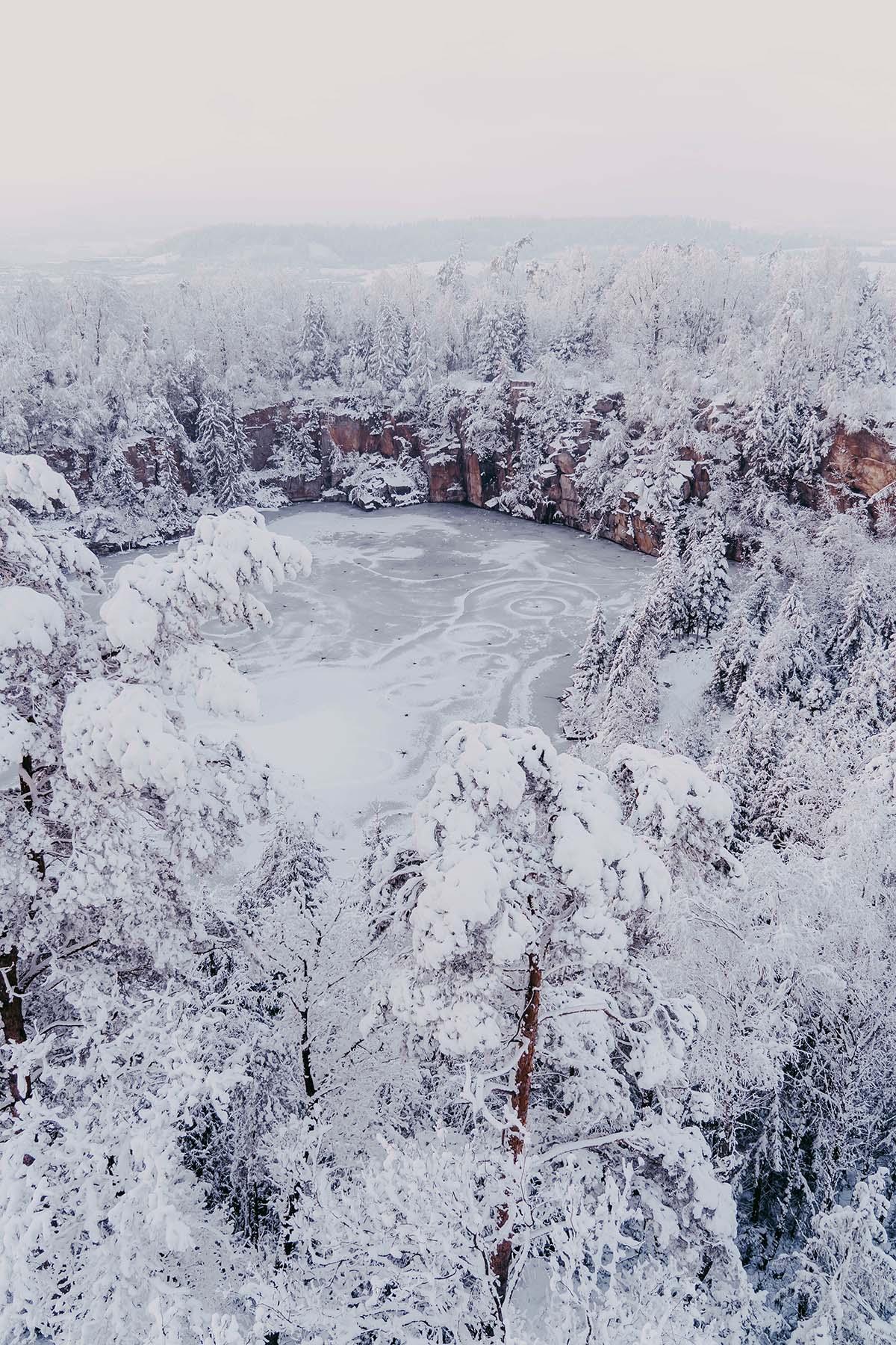 buechlberg-steinbruchsee-winter