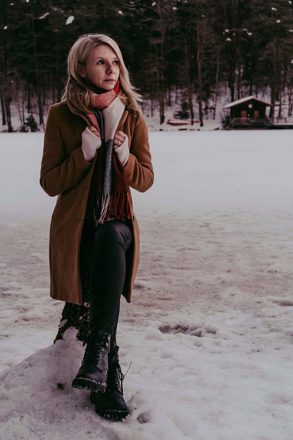 dreiburgensee-winter-frau