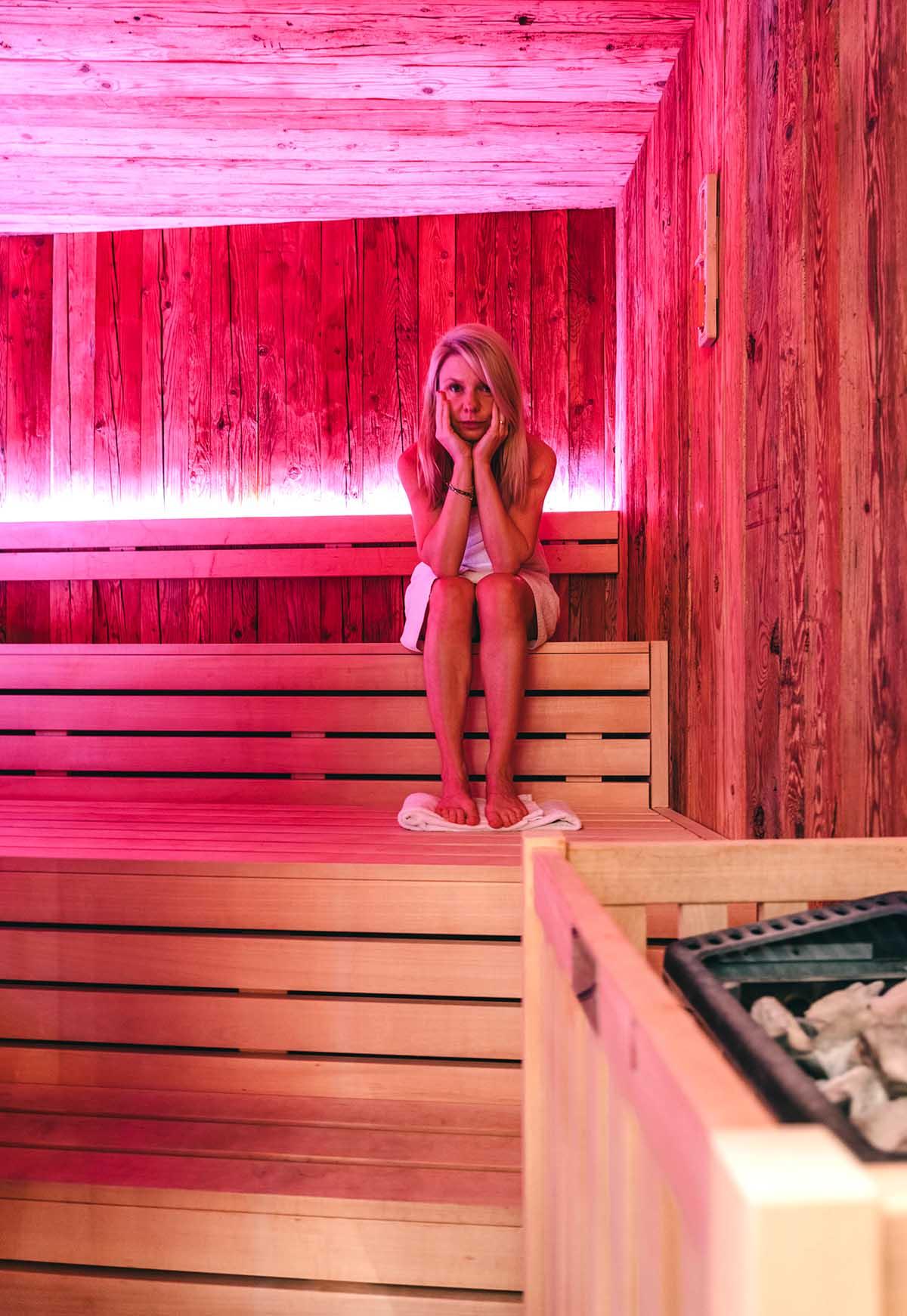 genusshotel-wenisch-sauna-frau