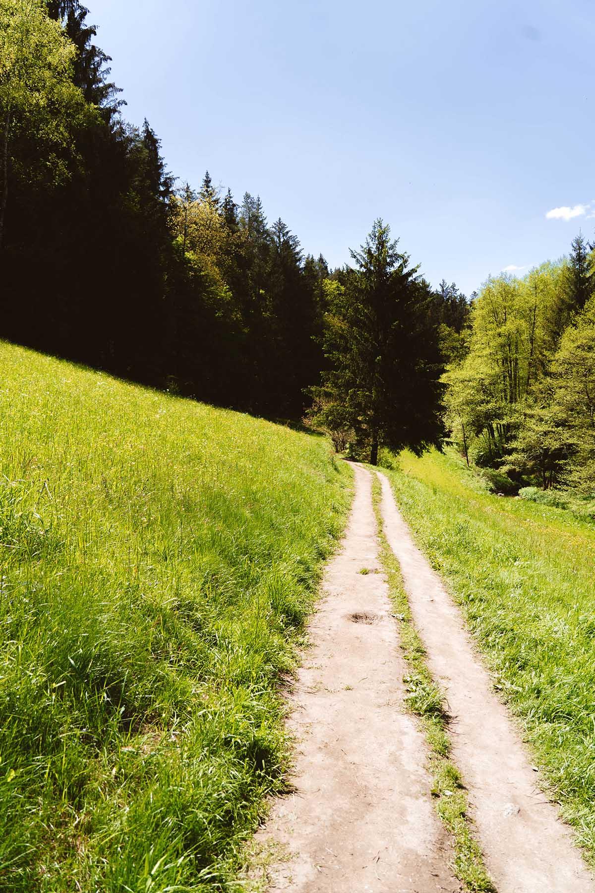 hoellbachtal-weg
