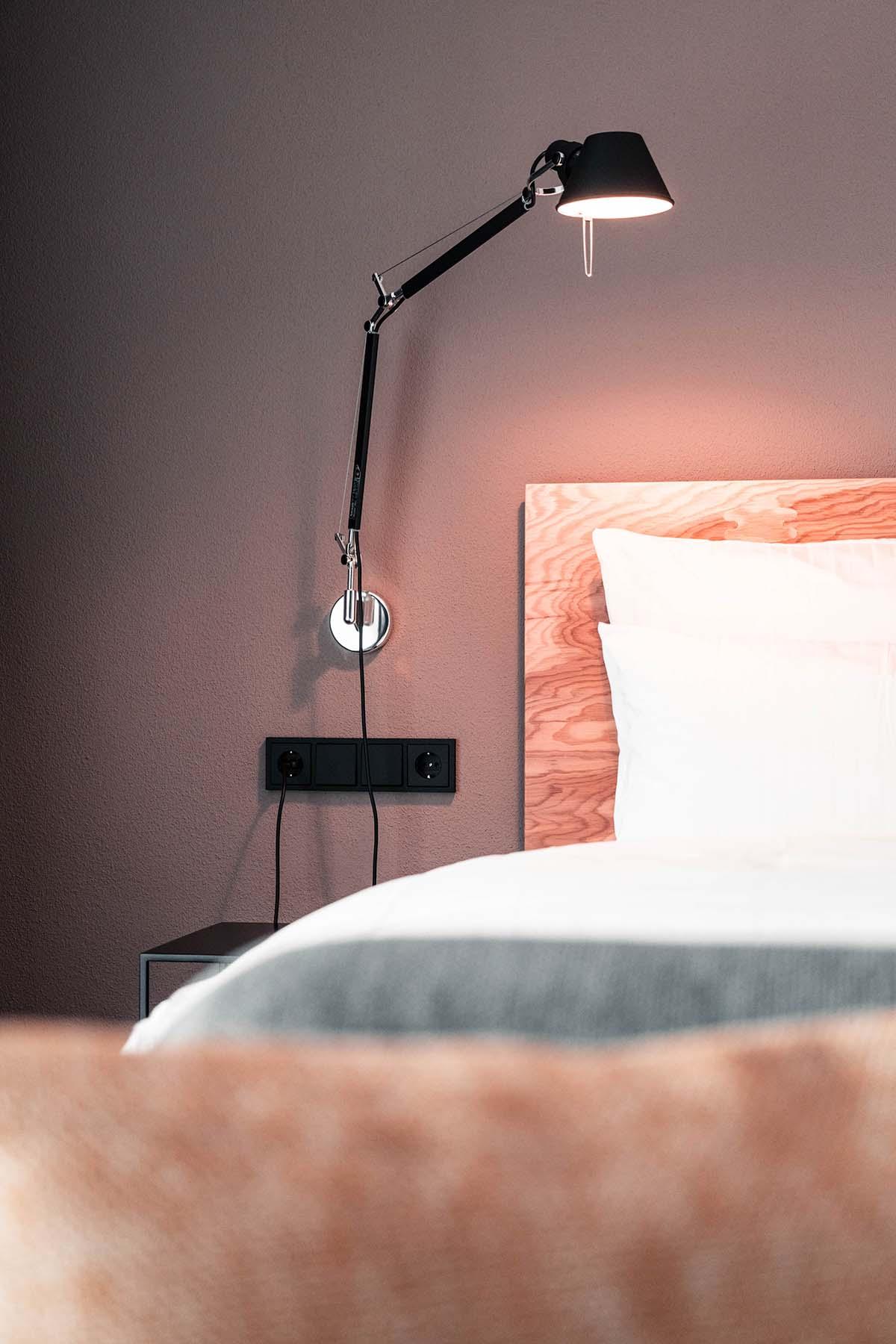guest-house-winterfeld-bodenmais-suite-bett-detail