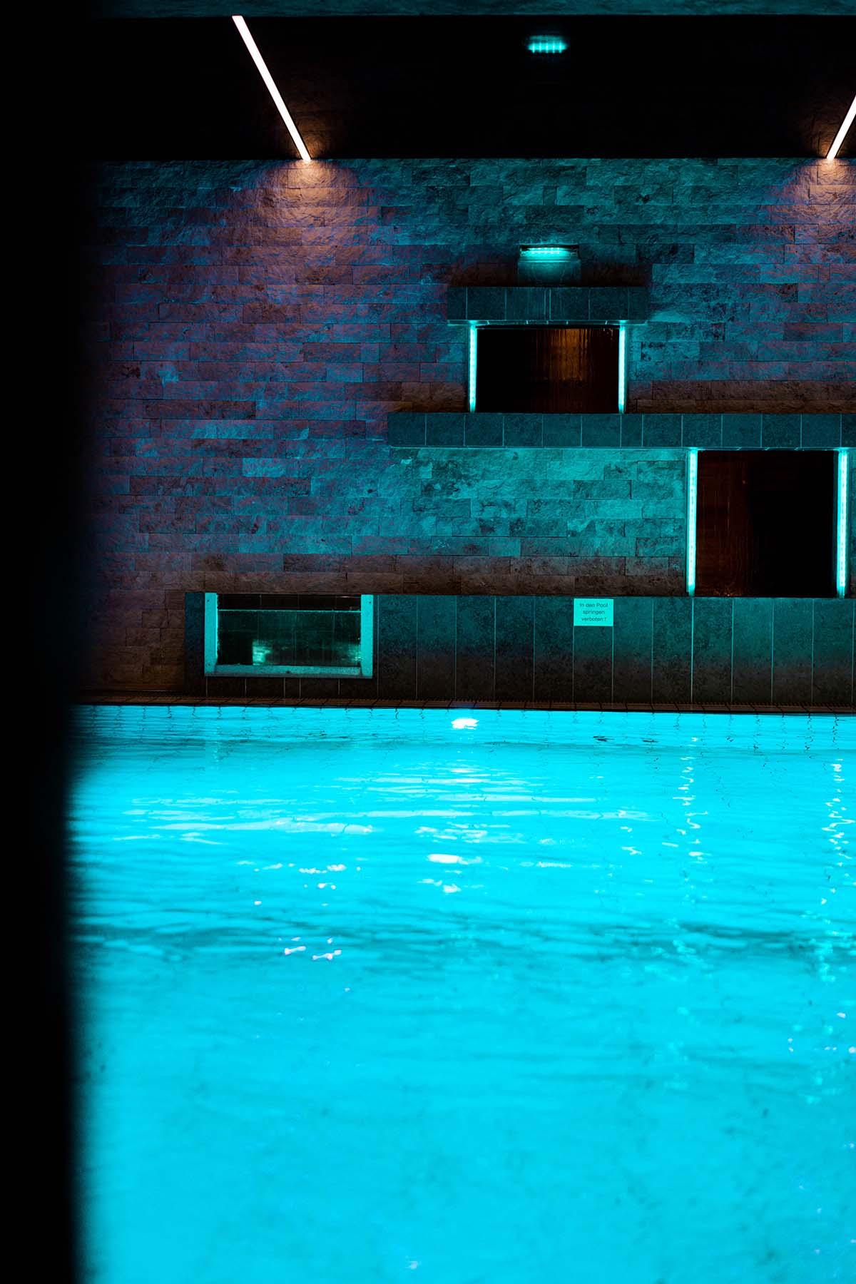 wellnesshotel-bayerwaldhof-pool-detail