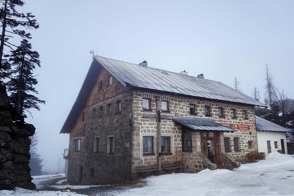 winterwanderung-dreisessel-hochstein-berg-gasthof