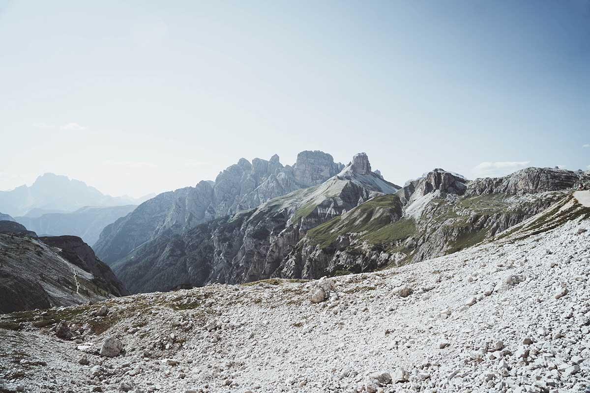 ausflugsziele-wandern-dolomiten-drei-zinnen-landschaft-ausblick