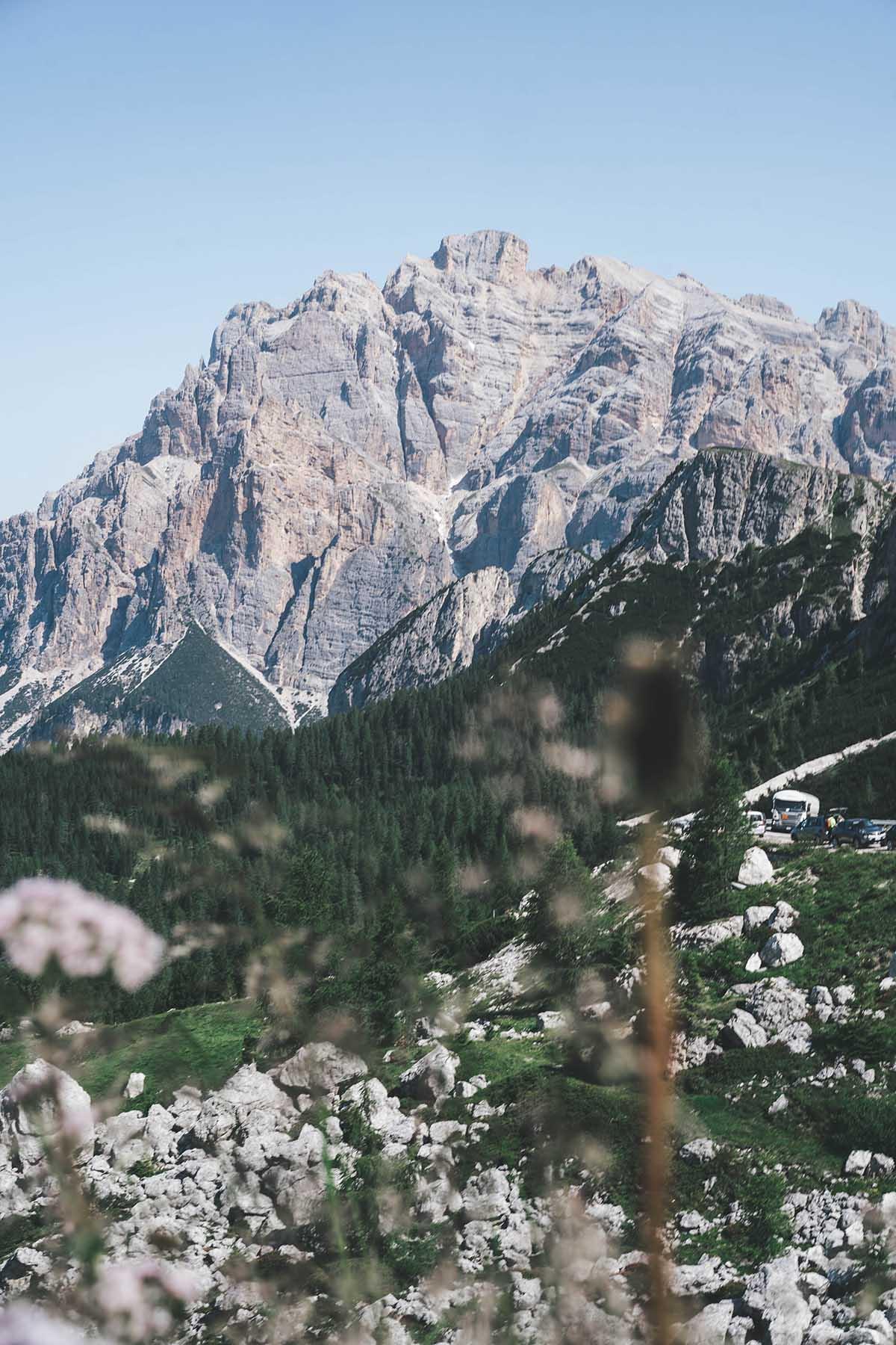 mountain-resort-kolfuschgerhof-dolomiten-landschaft-01