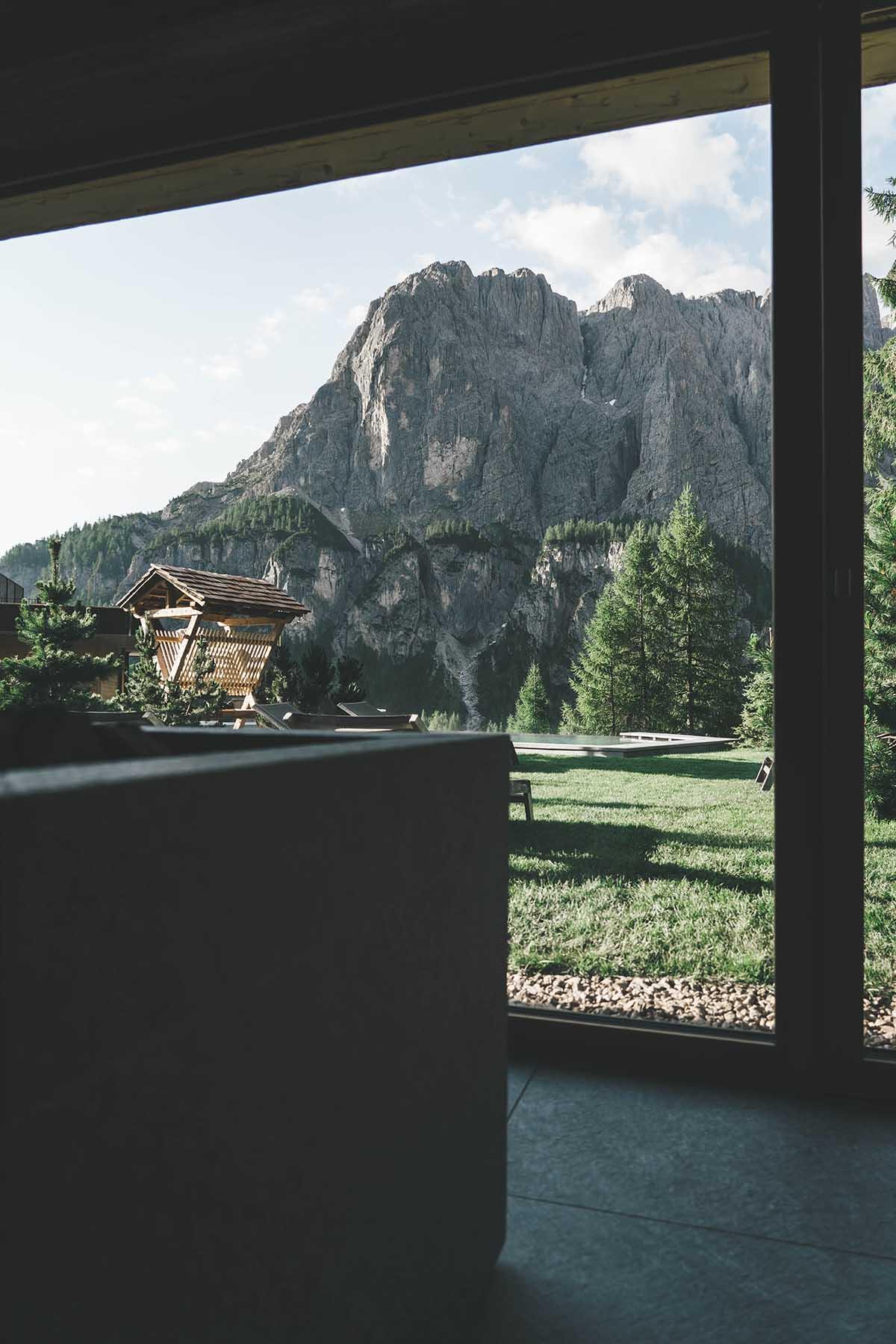 mountain-resort-kolfuschgerhof-dolomiten-sauna-02