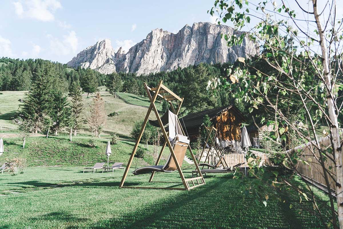 mountain-resort-kolfuschgerhof-dolomiten-spa-aussen-04