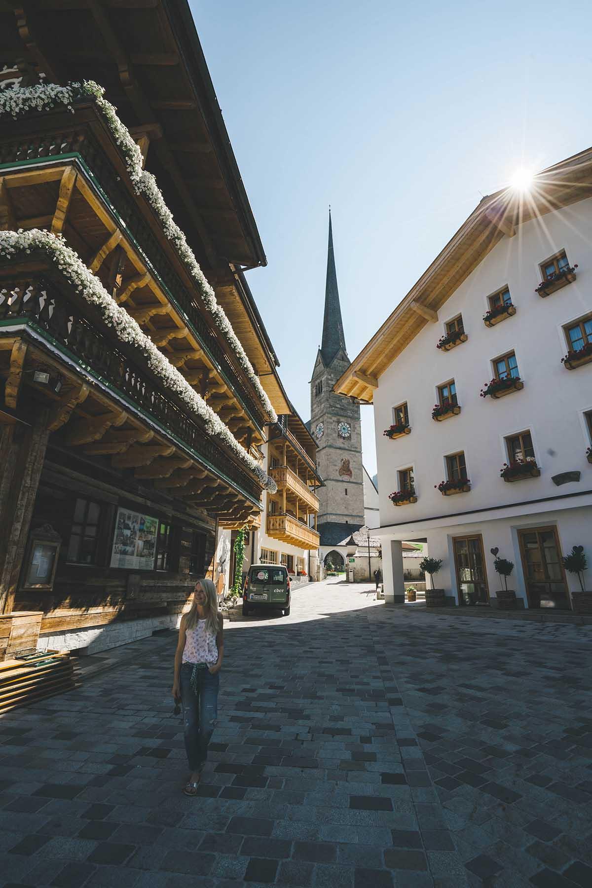 hochkoenig-lifestyle-hotel-eder-maria-alm-gebauede-aussen