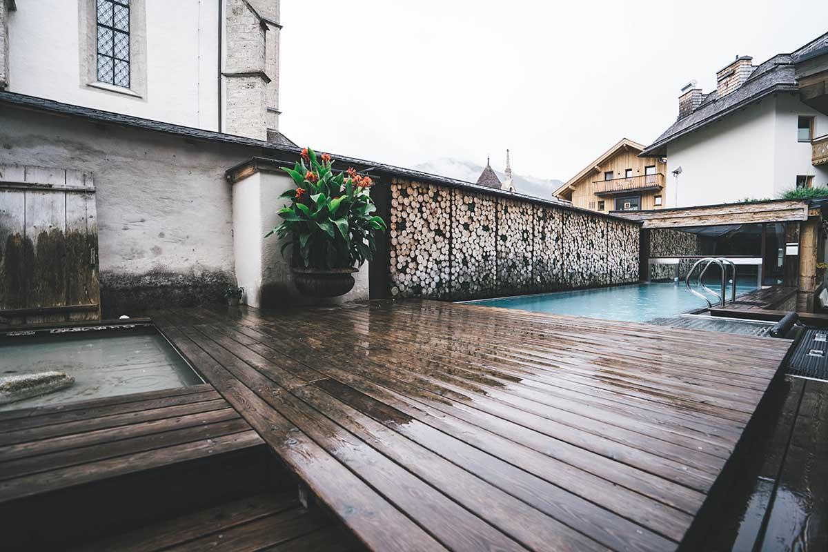 hochkoenig-lifestyle-hotel-eder-maria-alm-outdoor-pool