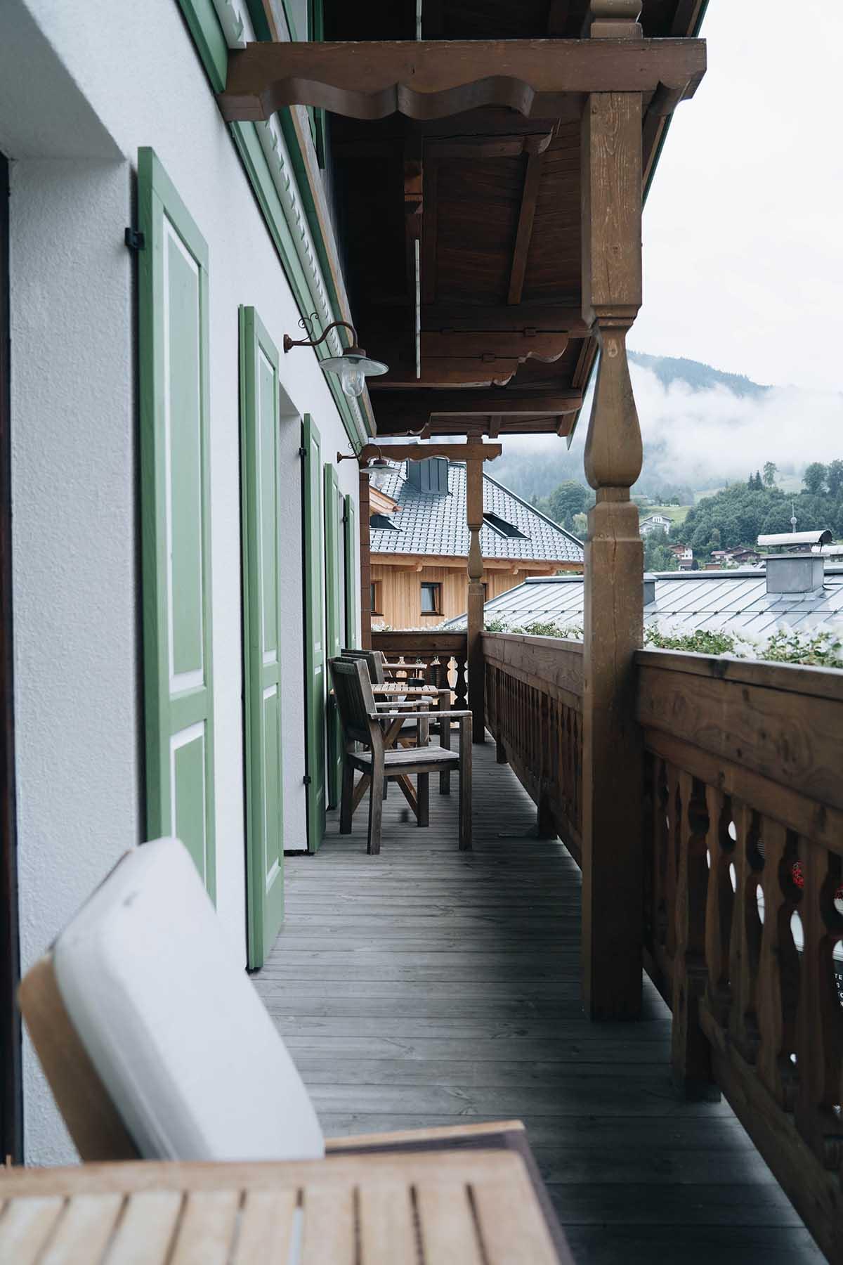 hochkoenig-lifestyle-hotel-eder-maria-alm-studio-balkon