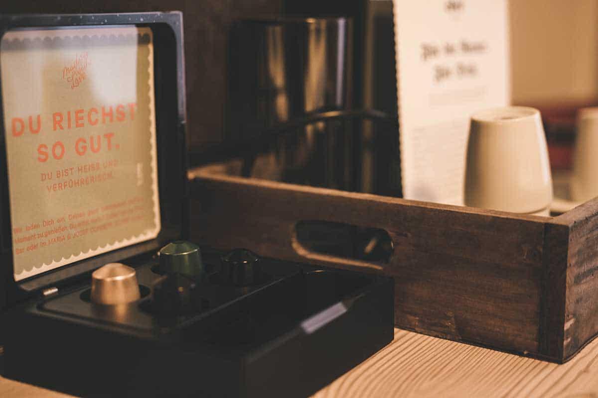 hochkoenig-lifestyle-hotel-eder-maria-alm-studio-kaffee